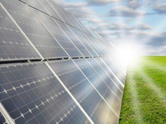 UNIMOT planuje uruchomienie produkcji paneli fotowoltaicznych