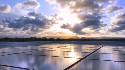Jak izolować dachy płaskie z instalacją fotowoltaiczną?