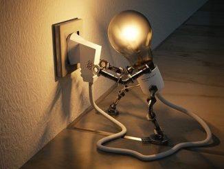 Od początku roku sprzedawcę prądu zmieniło ponad 22 tys. odbiorców