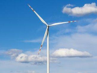 Rząd zrekompensuje gminom zmianę opodatkowania elektrowni wiatrowych